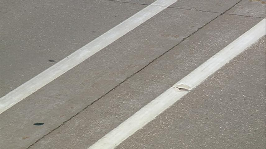 High temperatures leading to pavement buckling