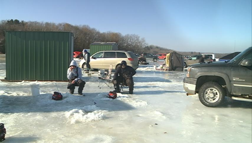 Annual Lake Neshonoc Ice Days raises money for improvement of the lake