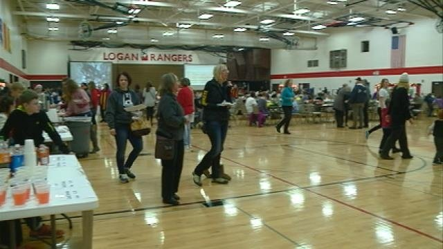 Students host Jingle Fest: A German Holiday Market