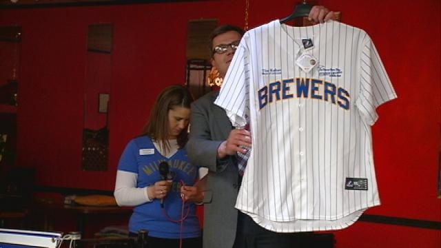 La Crosse Area Day First Pitch event gets baseball fans excited