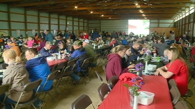 Hundreds gather for La Crosse County Dairy Breakfast