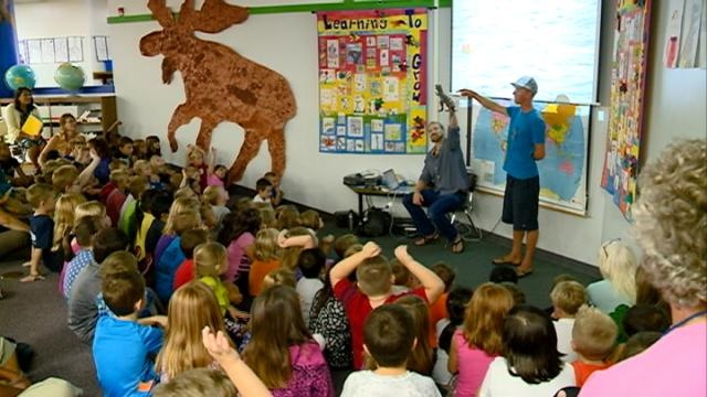 Journey down the Mississippi River stops to teach area kids