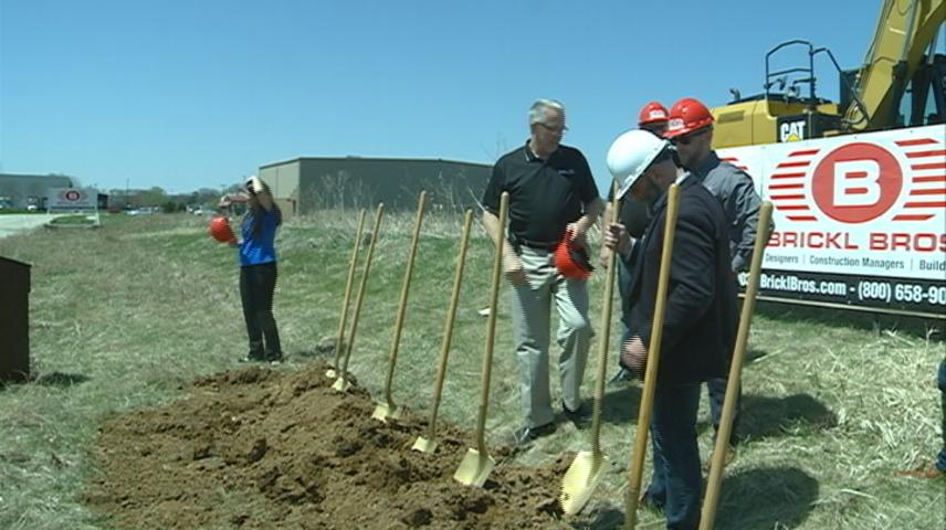 Groundbreaking for 'Railcar Mover' facility in West Salem