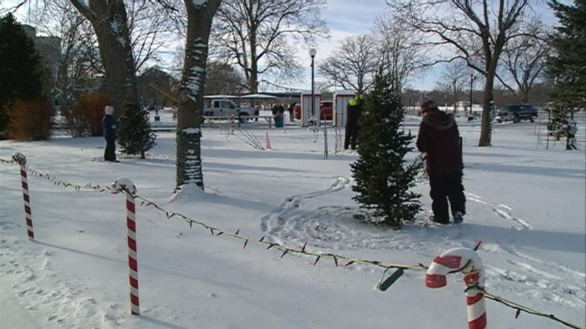 Rotary Lights clean up underway in La Crosse