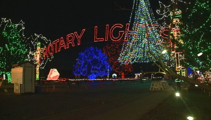 La Crosse's Rotary Lights kicks off with a parade