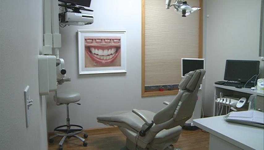 Local dentists help give kids a reason to smile