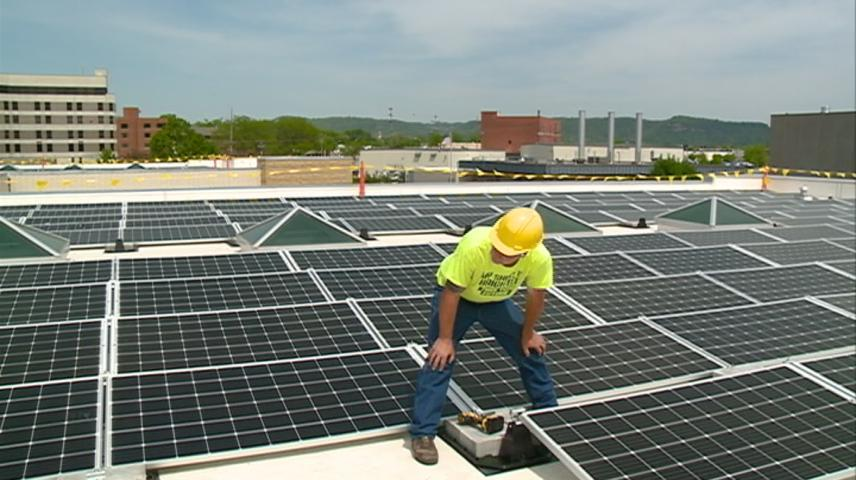 Solar panels installed at Gundersen Health System