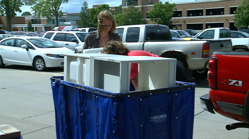 Students move in to Western Technical College