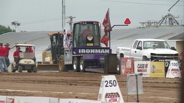 "Tomah hosts ""Indy 500"" of tractor pulls"