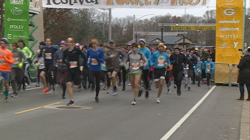 Turkey Trot gets Thanksgiving started in a healthy way