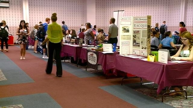 UW-La Crosse hosts nearly 50 companies for part-time job fair