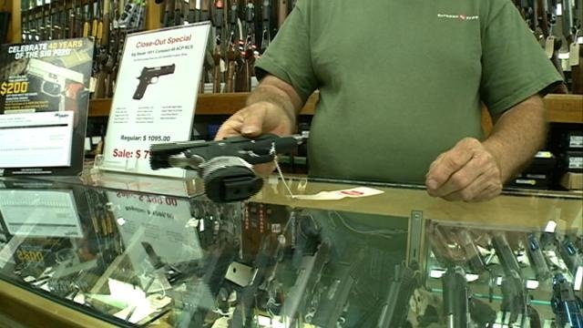 Gov. Walker eliminates 48-hour waiting period for handguns in WI