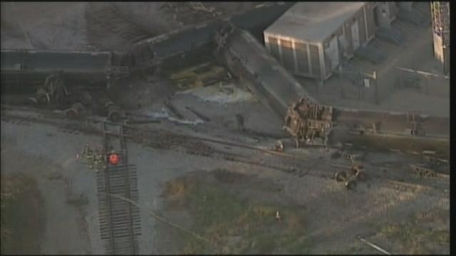 Canadian Pacific train derails in Watertown; Crude oil leaking