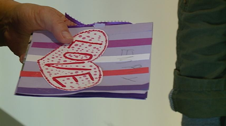 Valentine's Day cards delivered to Gundersen patients, staff