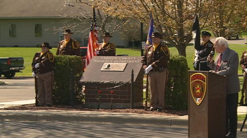 Police memorial held in Viroqua