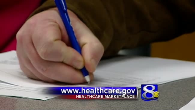 Insurance experts help residents with ACA enrollment