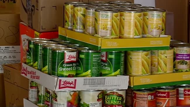 LHI employees help support WAFER food pantry