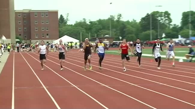 """""""Catch him if you can"""" Arcadia speedster Jim Hoesley heads to Iowa State"""