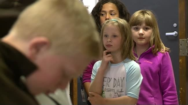 State Road Elementary host 'Living Wax Museum'