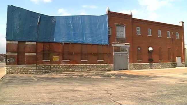Crews break ground on apartment project in old Bakalars Sausage building