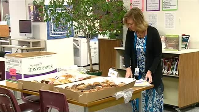 """Community members say """"thanks"""" to local teachers"""