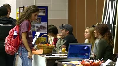 Volunteer fair connects students with the community