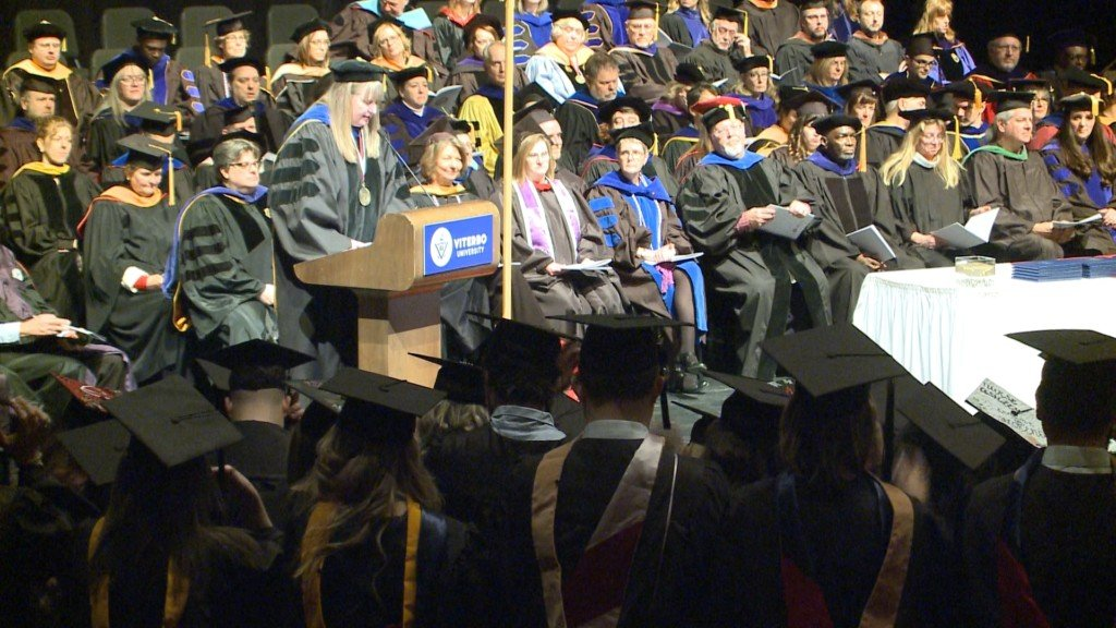 Viterbo University students, families gather to celebrate commencement