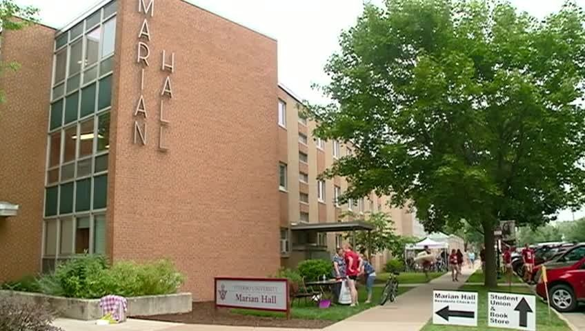 Viterbo Move-in day aims to ease stress for freshman students