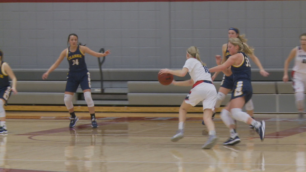 Viterbo women's basketball closes out 2019 with tough loss to Clarke