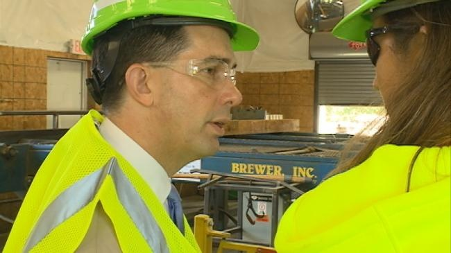 Walker visits Bangor business on 'Working for Wisconsin' tour