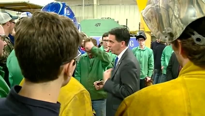 Governor Walker visits Western Tech in La Crosse