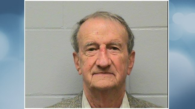 77-year-old Onalaska man gambled away embezzled money