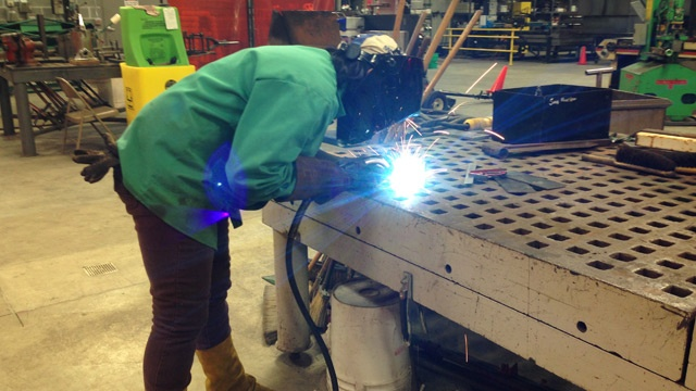 Western Technical College trains women in manufacturing