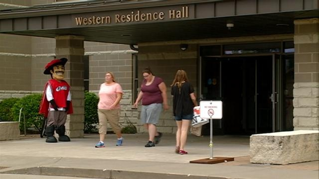 Western Technical College student move-in day