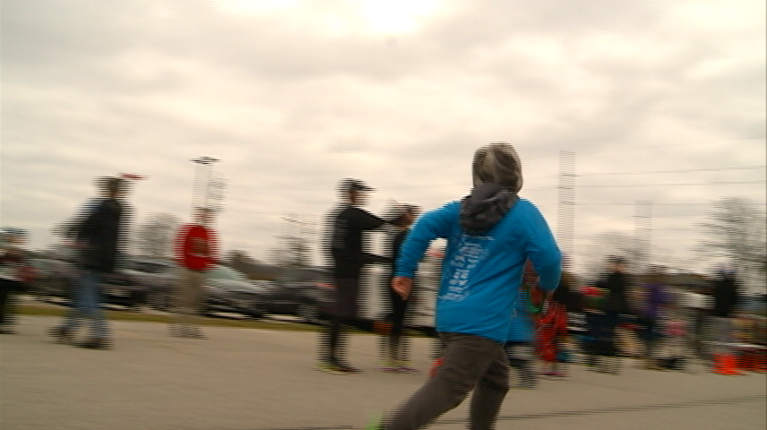 Rudolph Dash shows kids how to exercise during winter