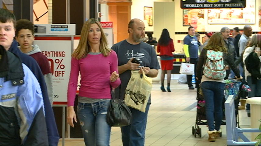 Thousands of customers take advantage of Super Saturday sales in La Crosse