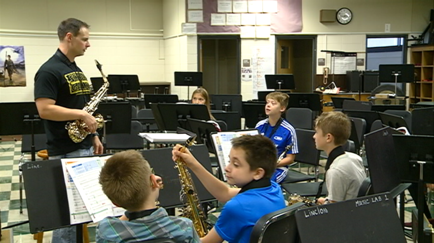 Lincoln Middle School hosts 'Rehearsathon'