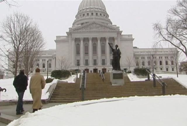 Minn. looks to pass anti-bullying bill