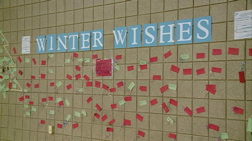 Holmen students, community are granting Winter Wishes this December
