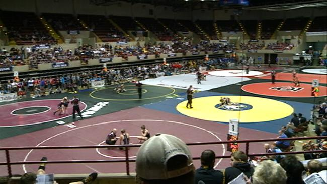 Bi-State wrestling brings boost to local businesses