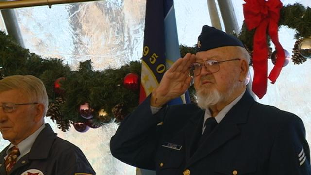 Wreath-laying ceremony is first of its kind in Wisconsin