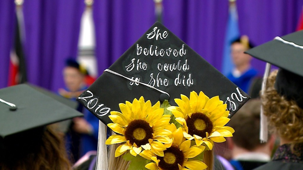 Fall commencement held at Winona State