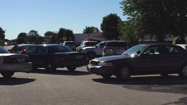 DeForest elementary school cleared after reports of man with gun