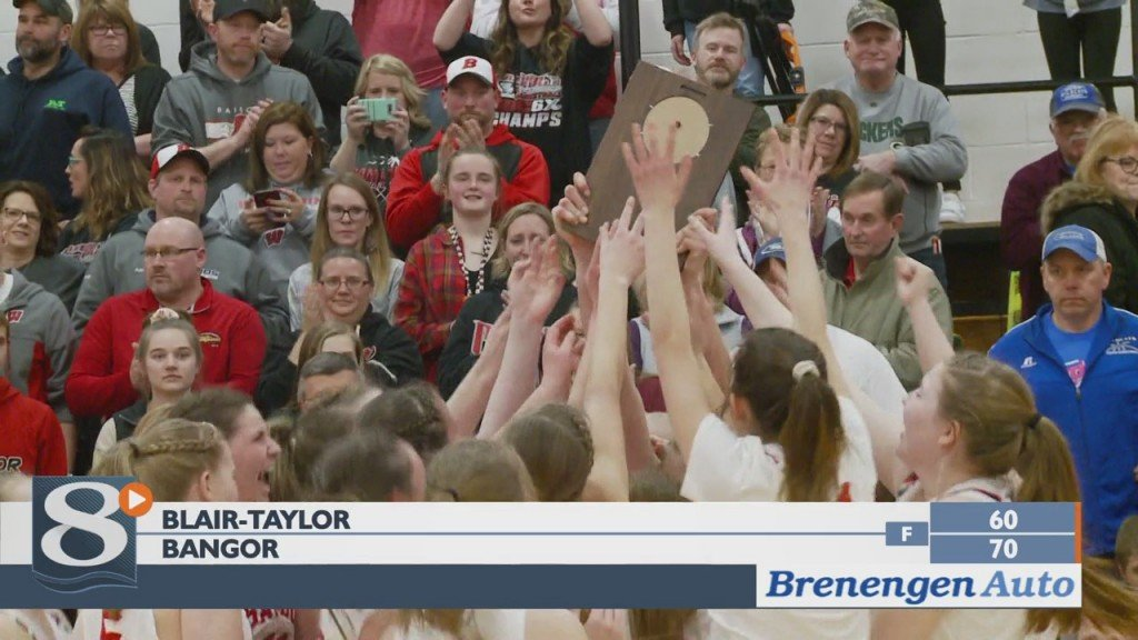 Bangor, Mel Min Both Win And Advance In Wiaa Girls Playoffs