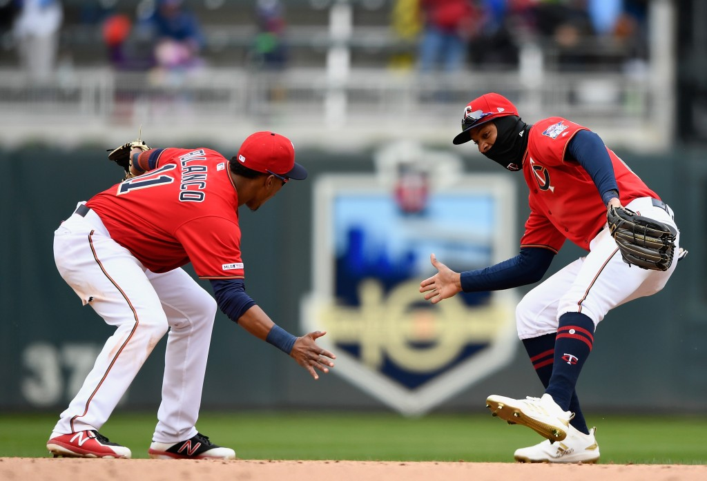 Cruz hits first homer, Pineda strong as Twins beat Indians