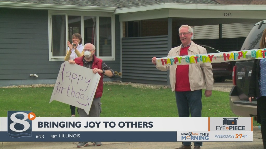 News 8 Now Eyepiece: Bringing Joy To Others