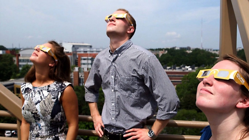 Safety tips for the solar eclipse