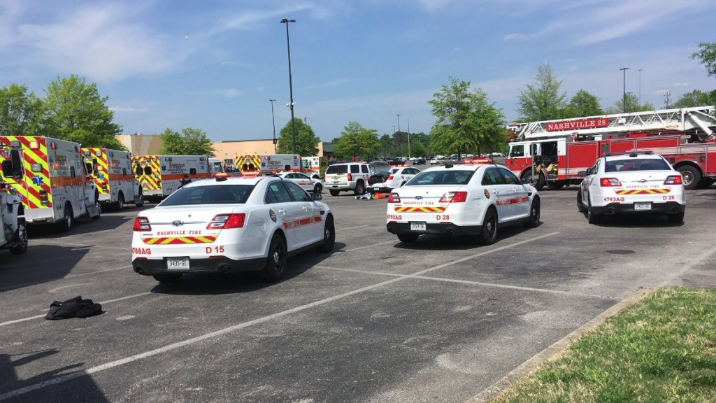 One person shot at Nashville mall; suspect in custody