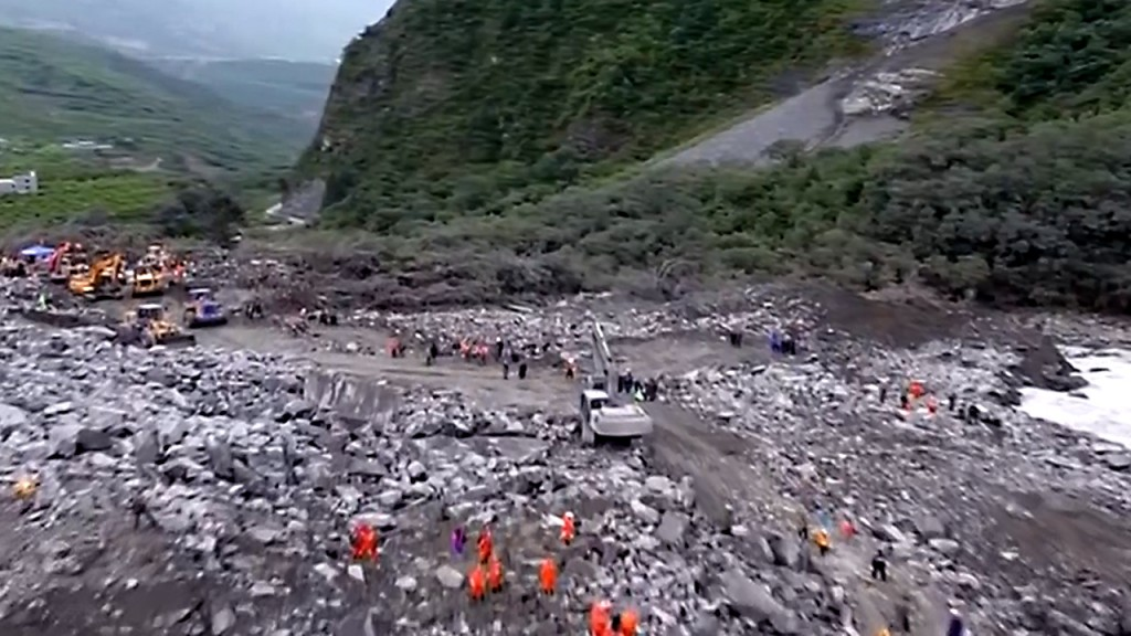 Landslide rescue called off in China