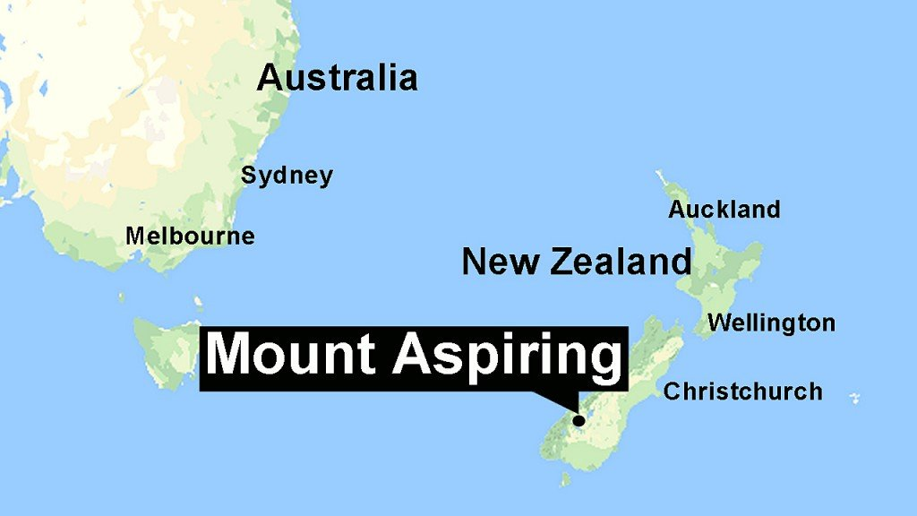 Australian climber rescued after week on frozen mountain